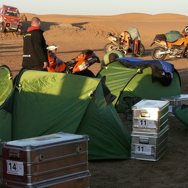 Alubox.com A081 Expedition camp in the Intercontinental Rally - the real way to Sahara