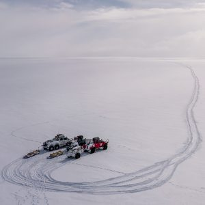Alubox.com Expeditions 7 to Greenland, ekspeditions kasser_turning point in the snow